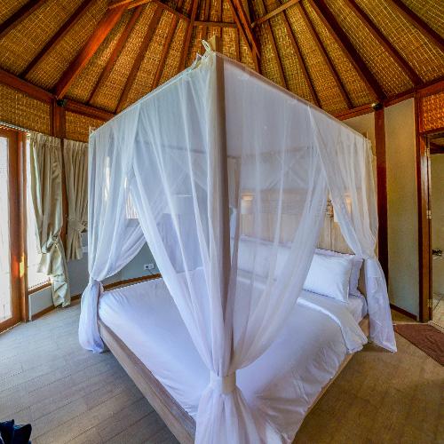 Avia Villa Bedroom