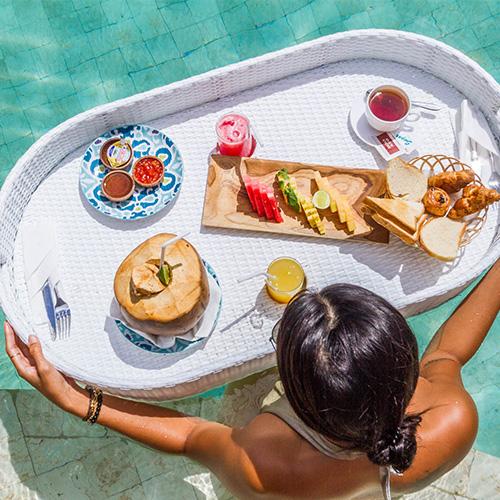 Floating Breakfast Avia Villa