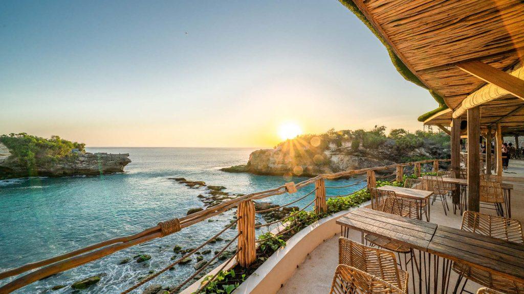 blue lagoon avia - klyf club - sunset view